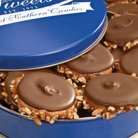 River Street Sweets Tin of Milk Chocolate Bear Claws